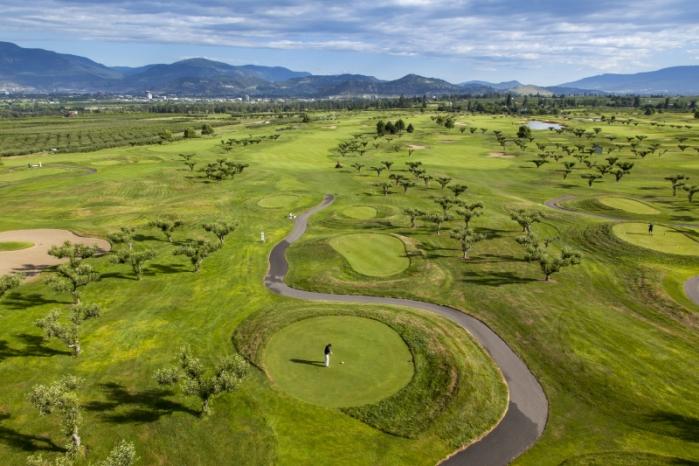 Harvest-Golf-Course-3