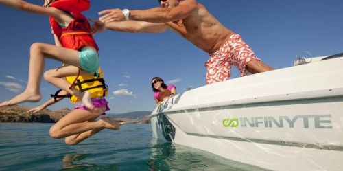 Shawn Talbot Kelowna Commercial Photographer infinyte electric boats lifestyle