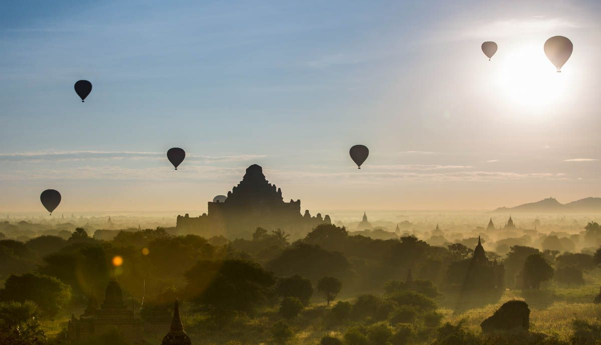 Shawn Talbot Kelowna Commercial Photographer Balloons Over Bagan
